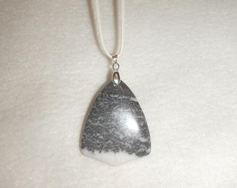 Black & White Zebra Jasper pendant necklace (JO390)