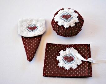 Heart Sewing Kit, Craft Supplies and Tools, Sewing and Needlecraft Supplies, Pins and Pincushions, Needle Book, Seamstress Gift