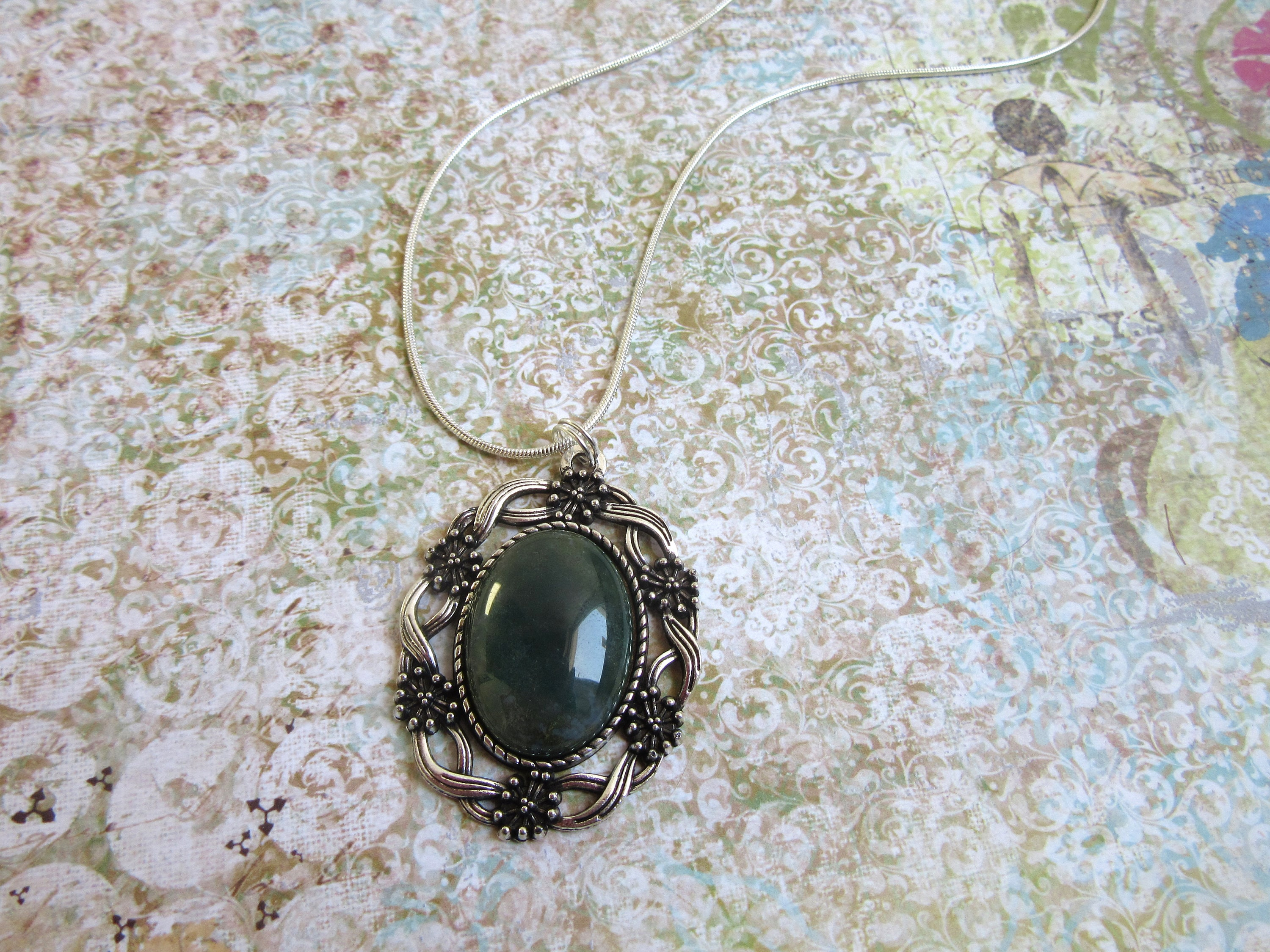 pivot petal fire moss new agate products serena three by necklace kojimoto