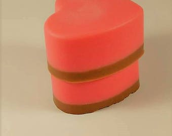 Vanilla Bear Heart Soaps - Creamy Cinnamon or Chocolate Dipped Strawberry