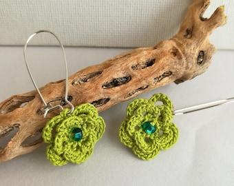 Crochet Flower Earrings - Lace flower earrings - Dangle Flower Earrings - Lime earrings - Flower earrings - Girlfriend gift - mothers day