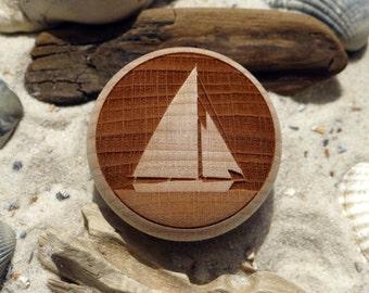 Furniture knob sloop Sailboat yacht engraving wood beech-furniture knob-beech-sailing boat-engraving-incl. screw