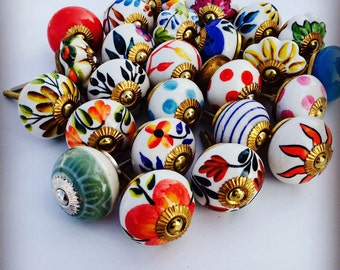 Ceramic Knobs, Cabinet knobs, Knobs and Pulls, Decorative Knobs, Door knobs, Assorted Cabinet Pulls, Drawer Pulls, Top Knobs Lot of 10 pcs