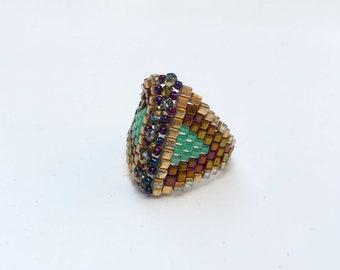 Swarovski bead ring , Beaded ring , Beaded Ring with Swarovski ,  Peyote Ring , Beaded Pink Ring , Turquoise Ring, Seed Bead Ring