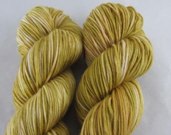 Charmed - Broomstraw - DK Weight - 100g - 231 yards