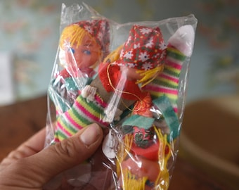 Set of 3 girls in stockings plastic ornaments - Japan - kitsch