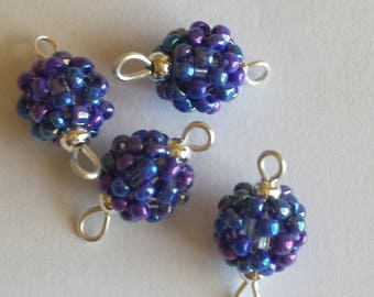 4 beads seed connectors (2.5 mm) iridescent blue