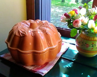 Wonderful pumpkin soup tureen - French vintage soupière