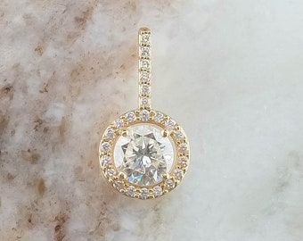 14K Yellow Gold 1.50ctw Round Diamond SI1/J & Halo Accented Drop Pendant
