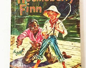 Huckleberry Finn by Mark Twain. Samuel Clemens.  Whitman Publishing circa 1955. Vintage book lover gift decor.