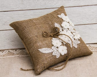 Country Chic Ring Bearer Pillow, Rustic Wedding Ring Pillow, Burlap and Lace Ring Bearer Pillow, Country Chic Ring Pillow