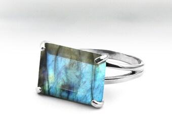 SUMMER SALE - Silver statement ring,labradorite ring,gemstone ring,semiprecious ring,rectangular ring,rectangle ring,sterling ring