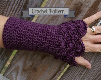 Crochet Pattern Arm warmers in Peacock Pattern PDF