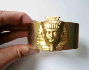King Tut cuff Sphinx head bracelet cuff King Tut bracelet Art deco Egyptian cuff bracelet Chunky cuff Gold bracelet Gold cuff Brass cuff