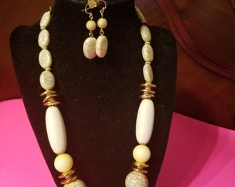 IVORY NECKLACE-EARRINGS