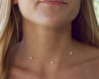 Dainty Pearl Choker Necklace, Tiny Pearl Necklace Gold, Freshwater Pearl Necklace, Layering Necklace, Pearl Jewelry, Simple Bridesmaids Gift