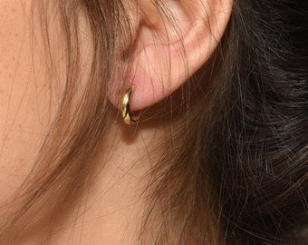 Small Hoop Earrings - Tiny gold hoops - Dainty Earrings - Tragus hoop earrings - Minimalist Earrings - Minimalist Jewelry - Cartilage hoop
