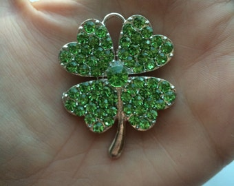 P79 Four Leaf Clover Rhinestone Pendant St. Patrick's Day for Chunky Necklaces