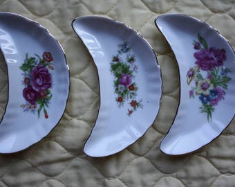 Bone Dishes/Pretty Florals/Japan/Porcelain/Three Different Designs