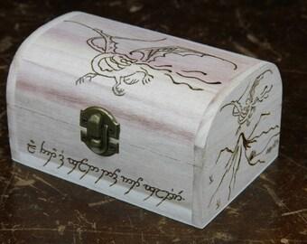 Poitrine de Dragon, le Hobbit, Smaug, main gravé, Pyrogravure, boîte en bois, Seigneur des anneaux, Tolkien, coffre en bois, boîte à dés