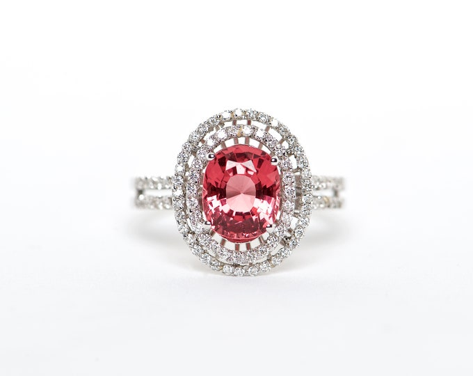 The Dakota - AAA 18K Vibrant Red Spinel and Diamond ring