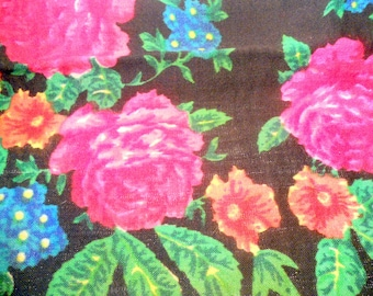 Soviet vintage Russian woolen shawl Floral design Shawl from USSR Shawl with flowers Floral head scarf Soviet style of 1980-s