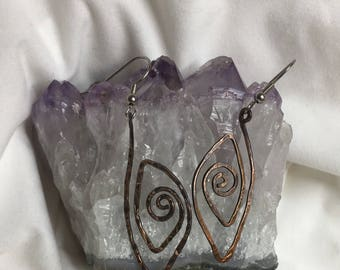Copper Earrings - Antiqued copper - Hammered eye