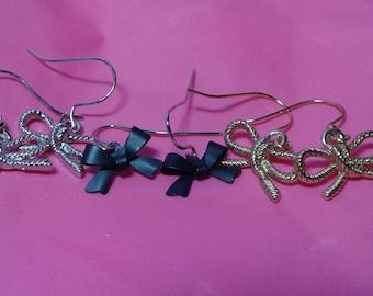 Bow Charm Earrings [Hypoallergenic]