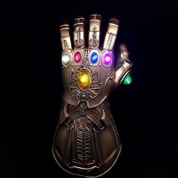 Thanos Avengers Infinity War - Infinty Gauntlet with LED Light up Costume Prop/ Cosplay Glove kM5oBO