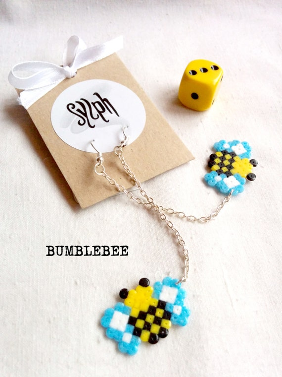 8bit Bumblebee dangle earrings buzzing on a 5cm chain made of Hama Mini Beads, ready for those summer breezes