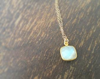 Moonstone Necklace - Rainbow Moonstone Necklace - Moon Stone Pendant - June Birthstone - Gold Chain Jewellery - Iridescent - Gemstone
