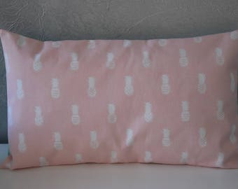 Pillow cover - 50 X 30 cm - printed fabric pineapples and triangles - Pastel pink, green and white
