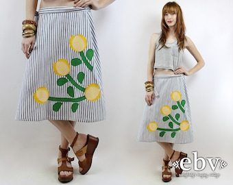 70s Wrap Skirt Hippie Skirt Hippy Skirt High Waisted Skirt High Waist Skirt Vintage 70s Floral Applique Wrap Skirt S M L Novelty Print Skirt