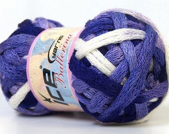 ball of yarn for scarf ruffle ballerina white, purple and lavender