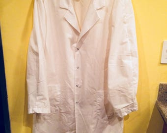 Lab Coat / Smock, Extra Large, Pre-owned - unused