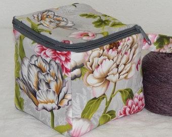 "Zippered project yarn box, 5.5"" x 5.5"" sock box bag, knitting, crochet, embroidery, Large flowers"
