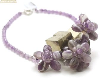 """Natural Amethyst stone necklace seasoned """"triple flowers"""", natural stone"""