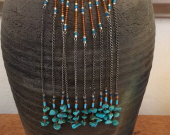 Robert Rose - Dangling Turquoise Chips Pendant on Round Beaded Adjustable Necklace