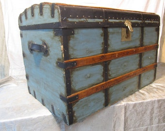 Classic George Molloy Curved Top Steamer Trunk