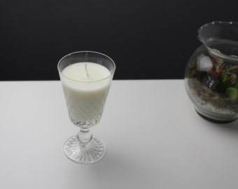 Unscented soy candle - Vintage genuine crystal dessert wine glasses