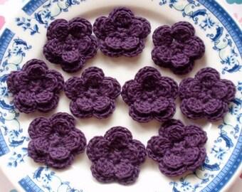 10 Crochet Flowers In Plum YH-030-02