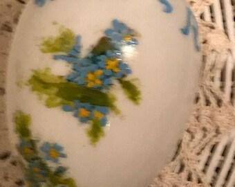 Vintage milk glass Easter egg