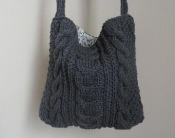 Hand knit handbag (Medium size bag)