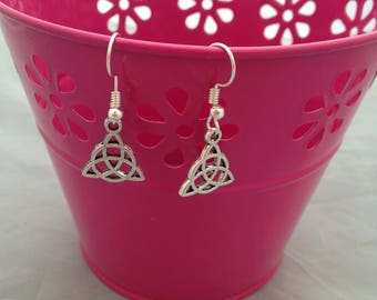 Celtic Trinot Drop Earrings, Pretty Dangle Earring, Silver Plated Fashion Jewellery, Patterned Costume Wear, Elegnant Jewelry Gifts,