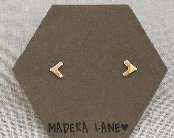 Tiny Chevron Stud Earrings in Gold. Sterling Silver Posts. Geometric Studs. Basic Shape Earrings. Minimalist Everyday Jewelry.