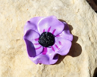 Large cabochon * striped purple poppy *.