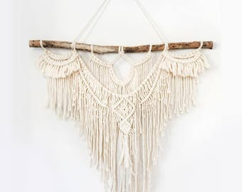 "Large 30""  Macrame Wall Hanging // tapestry // macrame decor // boho decor // wall art // bohemian // Made to order"