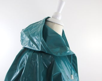 Slippery When Wet Raincoat - Vintage 1980s Hooded Vinyl Rain Coat in Medium Large