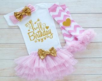 Baby Half Birthday Outfit, Cake Smash Shirt, Half Birthday Outfit Girl, 6 Month Birthday, Half Way To One Bodysuit, Half Birthday Outfit,