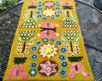 Upcycled Hand Hooked Wool Thro Rug in Gold